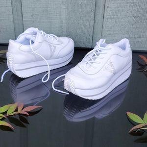 Volatile Platform Sneakers Size 8
